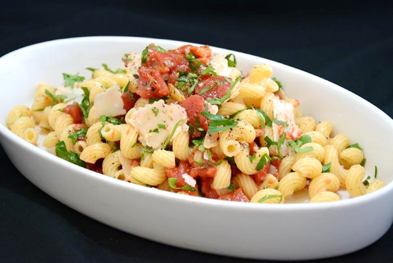 Everyday-Gourmet-Pasta-with-Tomatoes-and-Butter